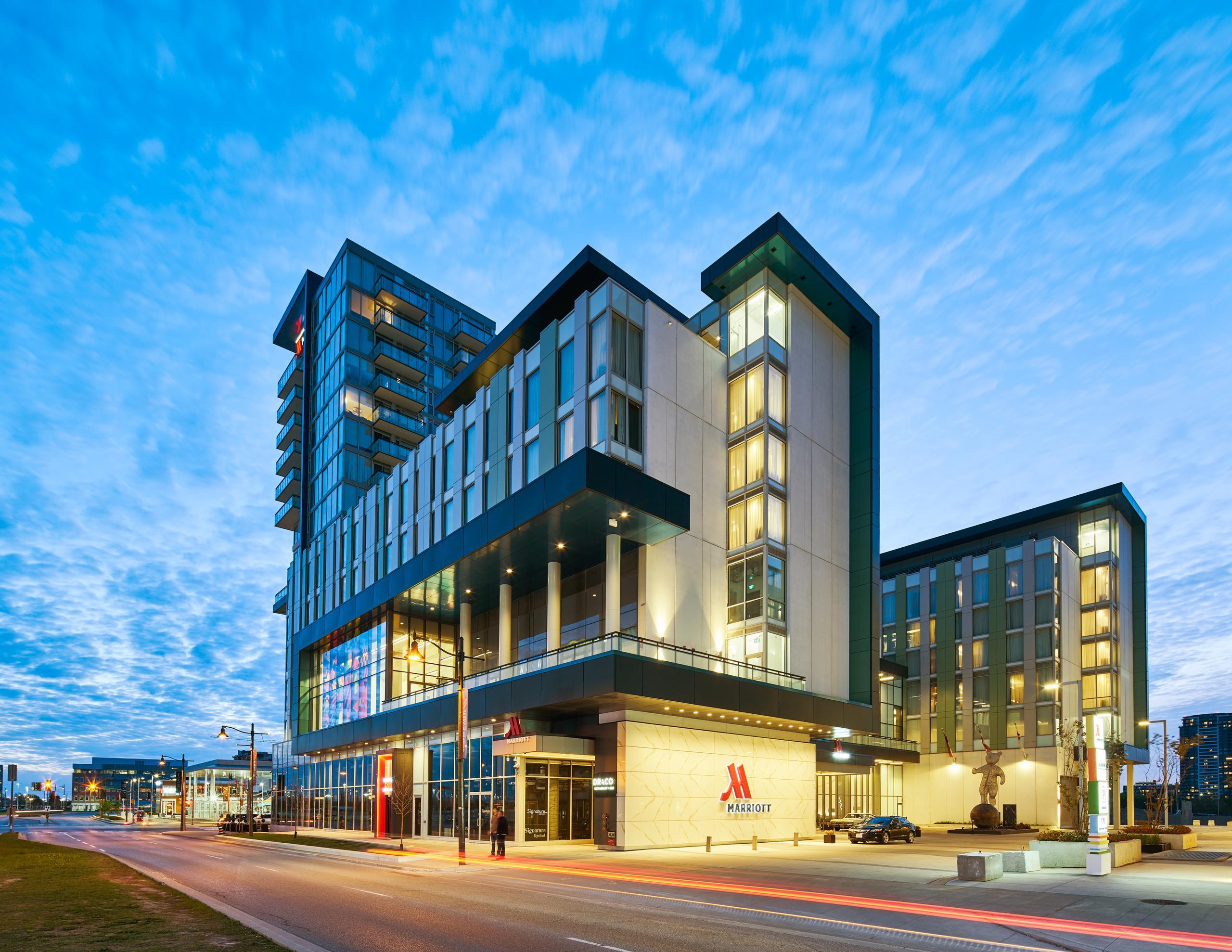 Marriott Signature Hotel & Residences2